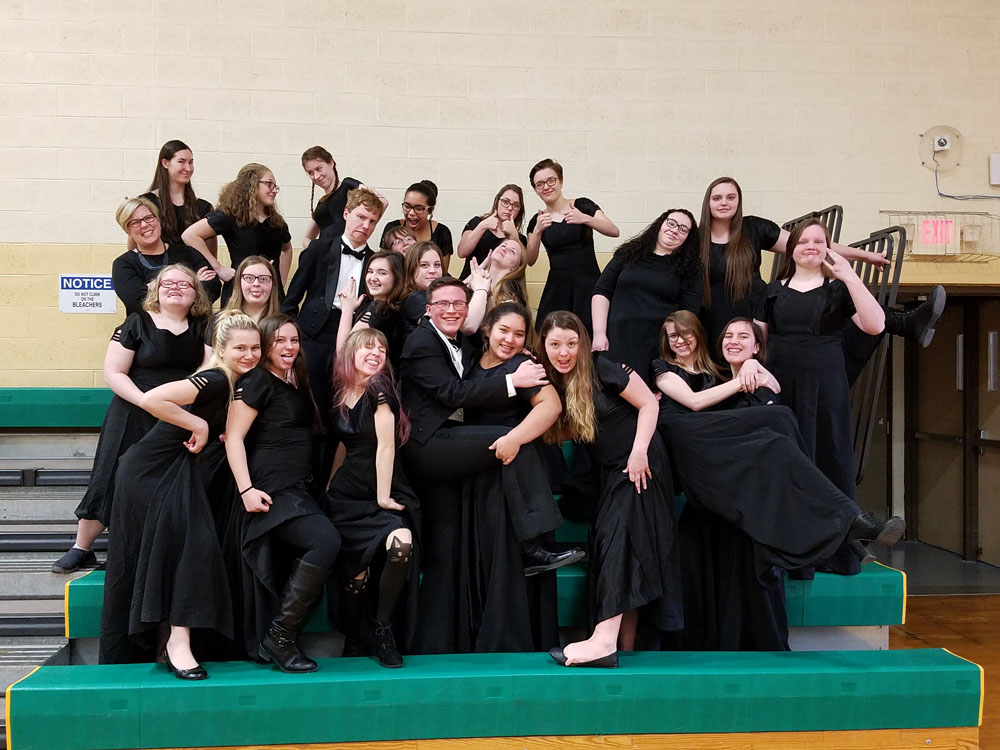 Silly group photo of choir students