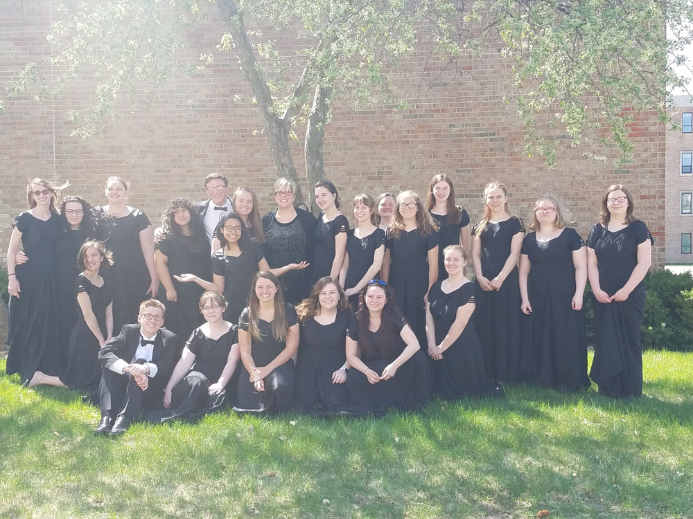 Choir group photo outdoors