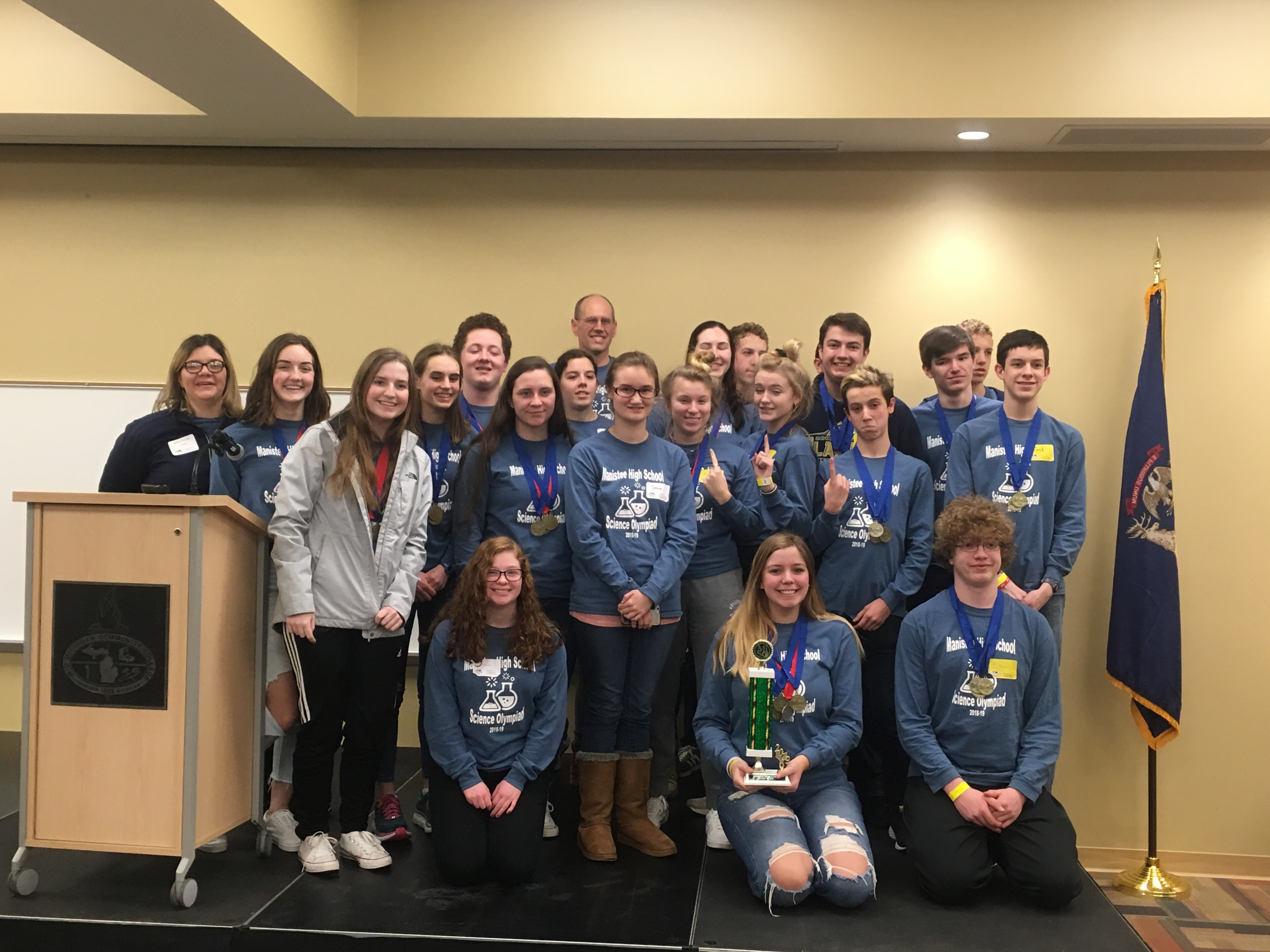 2019 Science olympiad team photo